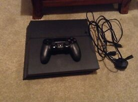 500MB Ps4 console with control