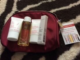 2 bags clarins skin care gift set