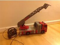Remote control fire engine -squirts water