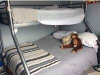 Triple sleeper bunk bed