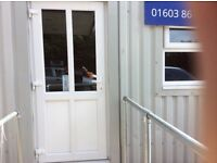 Hot food takeaway and delivery unit for lease