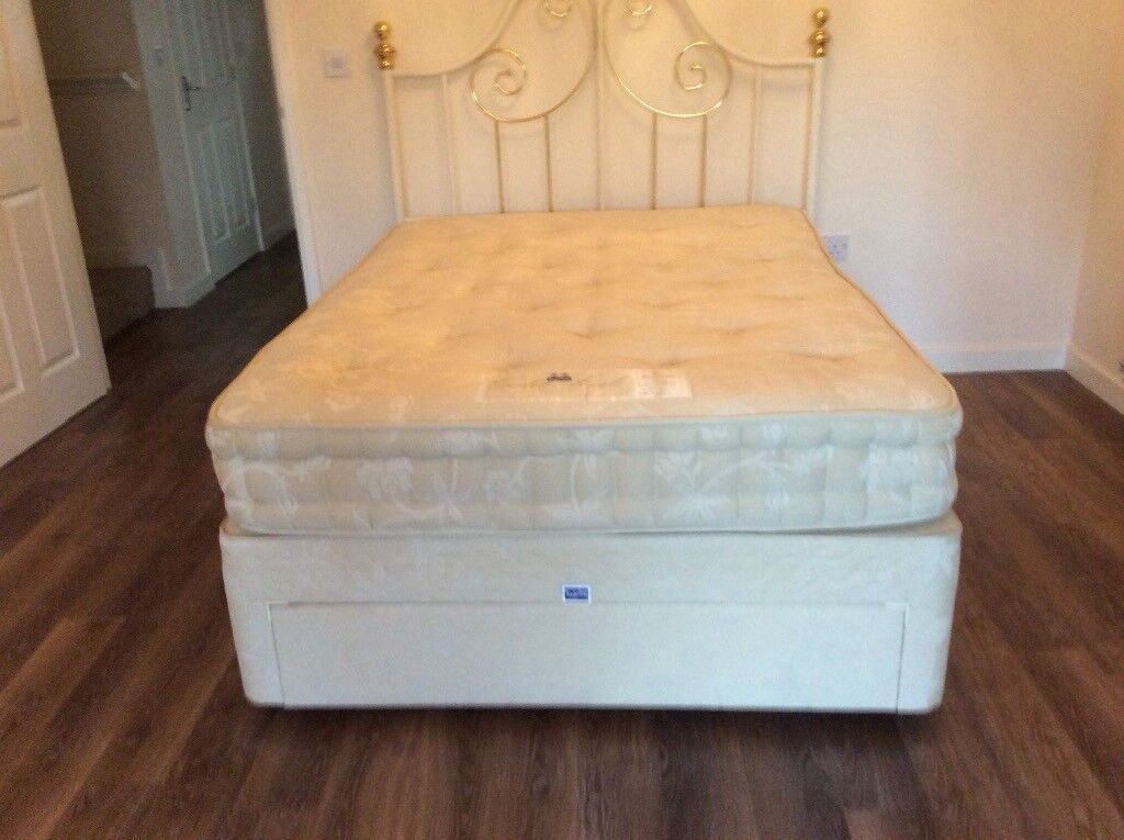quality design 52657 4ed2d Slumberland Gold Seal Supreme double divan bed with white/gold metal  headboard | in Chester, Cheshire | Gumtree