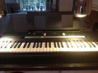 Piano electric Yamaha Keyboard