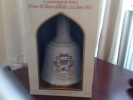 BOXED PRINCE WILLIAM OF WALES 21st June 1982 commemorative bell