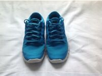 Trainers Blue Nike Freestyle 5.0 running shoe trainers ladies or girls uk size 4