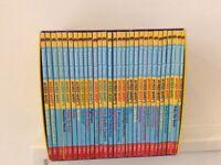 Horrid Henry's Loathsome Library - 30 book set