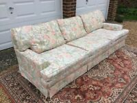 Sofa , high quality, very pretty, and beautifully long