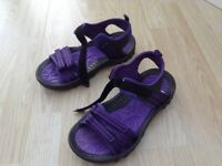 Womens Mountain Warehouse sandals Size 8