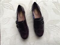 Ladies Leather Shoes, by Hotter, size 7
