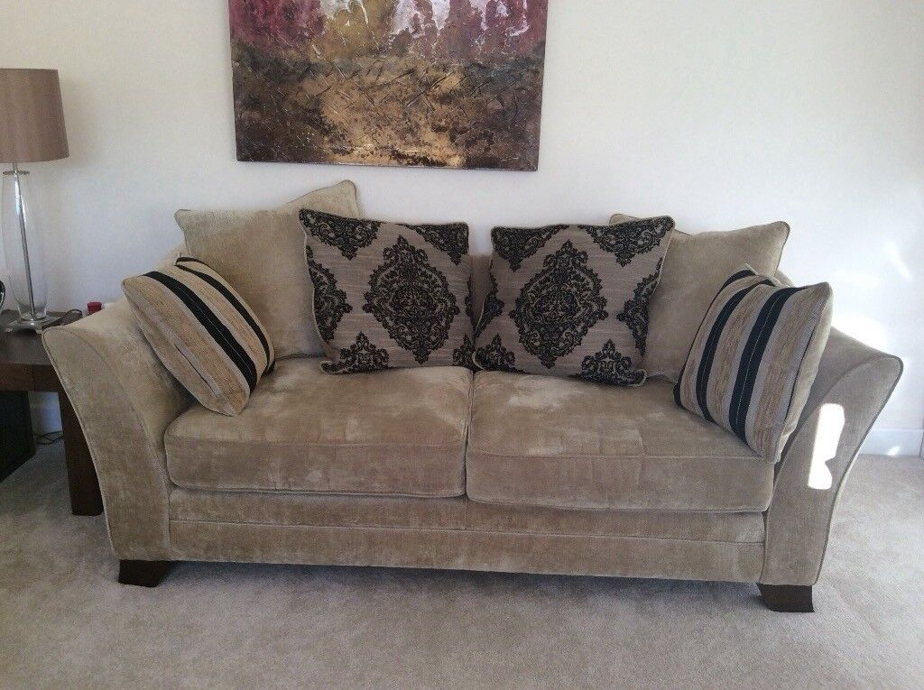 3 Seater 2 Pillow Back Sofas Matching Storage Footstool In Stonehouse South Lanarkshire Gumtree