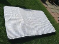 4ft light weight mattress fire resistant label. Good clean hardly used.