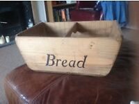 Antique look bread basket