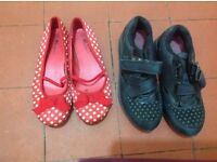 Girl's shoes size 3