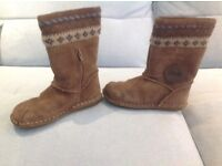 Clarks girls boots, size 9.5 F