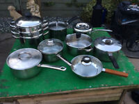 SETS OF POTS AND PANS WITH A PRESTIGE STEAMER