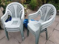 6 strong plastic chairs,