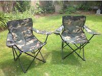 2xFold up camping/picnic/beach/garden chairs