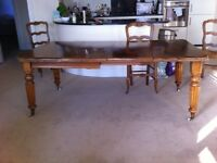 Extending Antique Walnut Dining Room Table & 6 Chairs