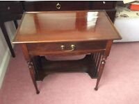 Pretty Edwardian mahogany hall or lamp table with drawer.