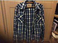 Hollister mans shirt---x large.