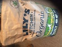 Lily's Kitchen Dog food. Organic Chicken and Vegetable bake 7 Kg. Other LK available too.