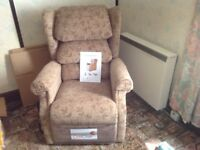 Mobility chair, electric reclining & tipping with foot rest