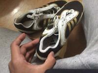 Adidas track and field size 6