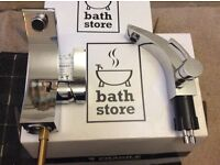 Bath and sink mixer taps