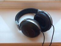 Denon AH-D2000 Headphones