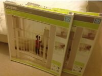 Pair of Lindam Sure Shut Axis Child safety gate