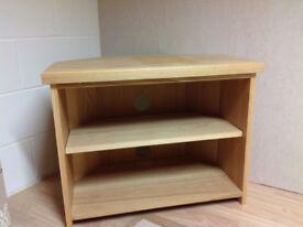 Solid oak tv unit x showroom