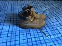 Older boys timberland boots size 4.5