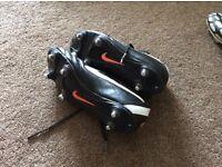 Size 5.5 black nike studded football boots