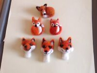 Needlefelted handmade foxes