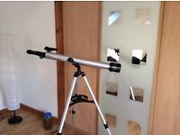 Astronomical Telescope 660 x 60 mm