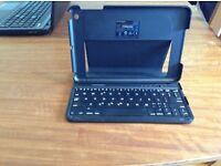 ipad mini case with built-in keyboard
