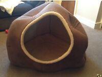 Doggy igloo / bed ~ large size