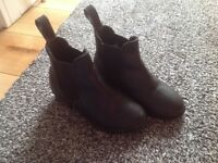 Kids boys girls riding boots infant 10.5 requisite fab condition