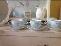 Beautiful shabby chic/ vintage tea set of 6 cups and saucers NEW!