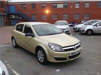 2005 Vauxhall Astra Automatic With mot ( But few issues)