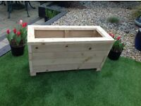 WOODEN TROUGH STYLE PLANTER