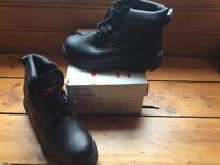Size 8steel toecap boots bnib