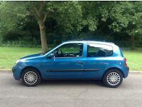 Renault Clio 1149cc 75000 miles excellent condition 1 previous owner service history mot December