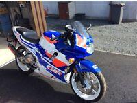 Honda CBR 600 F2,