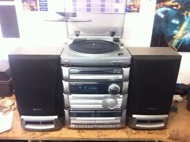 AIWA Z-L10 STEREO SYSTEM WITH TURNTABLE