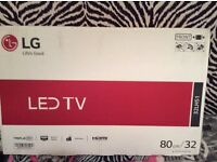 "*PRICE DROP *'32""lg led tv with free view built in brand new unopened £130 ono"
