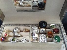 Job lot of costume rings various sizes