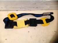 Weight belt with 15 ib of weights in excellent condition