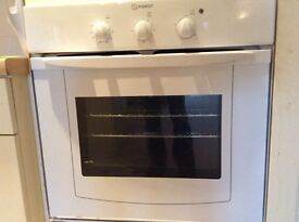 INDESIT ELECTRIC OVEN IN GOOD CONDITION