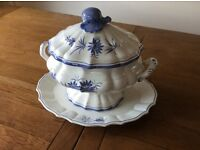 Lidded tureen and plate